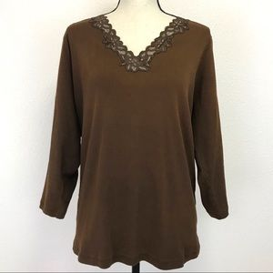 Jones New York Signature Mocha V Neck Tee